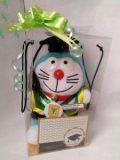 Boneka Wisuda Doraemon Kecil | Kado Wisuda Doraemon Kecil