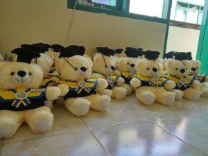 Grosir Souvenir Wisuda Murah Untuk Sekolah dan Universitas, harga grosir souvenir untuk acara wisuda, acara wisuda kampus, hadiah wisuda kampus,